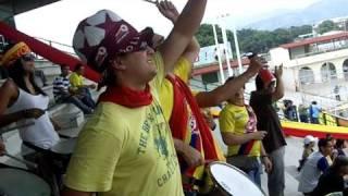Barra del Aragua FC cantaba a la barra del Carabobo FC