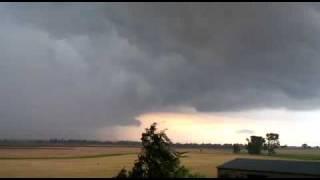 Tornado-Bildung am 15.08.2010 bei Großenhain