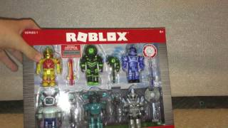 Unboxing roblox toys/Champions of roblox