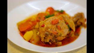 Вкусный и быстрый ужин!  Тушеная картошка с курицей.