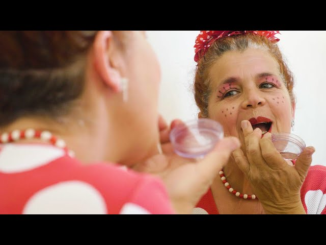 EN LUMIERE 💡 | Magali Gibelin, clown à l'hôpital 🎈