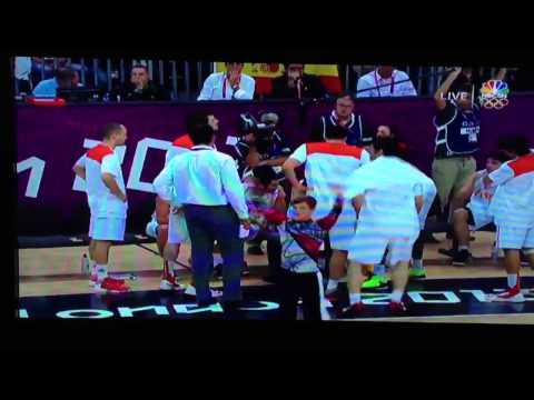 Princess dances in front of Spain National Basketball Team