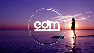 Energy 52 - Café Del Mar (RavenKis Remix)
