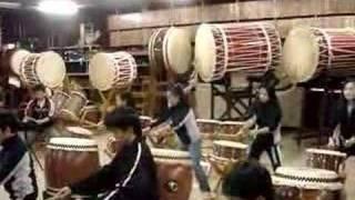 Ishindaiko Campeao Jr Brasileiro 2006 tocando para o grand master O...