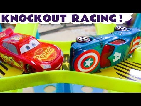 Cars 3 Lightning McQueen Toy Cars Racing on the Impact Zone Track