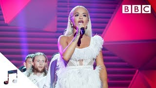 Gambar cover Rita Ora performs 'Let You Love Me'  - BBC