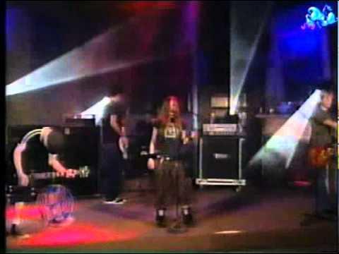 Avril Lavigne - Complicated - Live @ Otro Rollo [2002]
