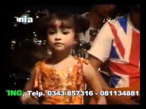 Zainal.Cs, Racun Asmara, Tasya Rosmala - YouTube.flv