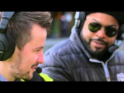 Ice Cube and Kevin Hart cycle around Dublin on a Pedibus