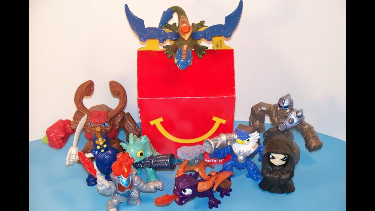 Resultado de imagem para mcdonalds toys