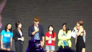 140613 kim jong kook first showcase in malaysia kjk showing his muscles d