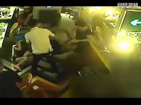 Hot Pot Restaurant Waiter Pours Boiling Water on Customer