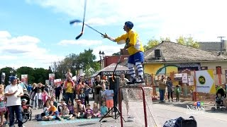 Scoring big: Edmonton street busker wows with Hockey show