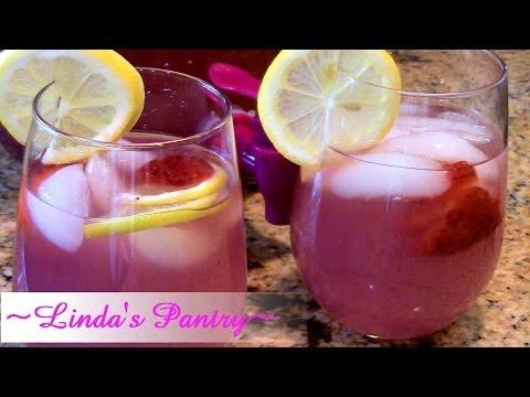 ~Pink Moscato Lemonaid With Linda's Pantry`