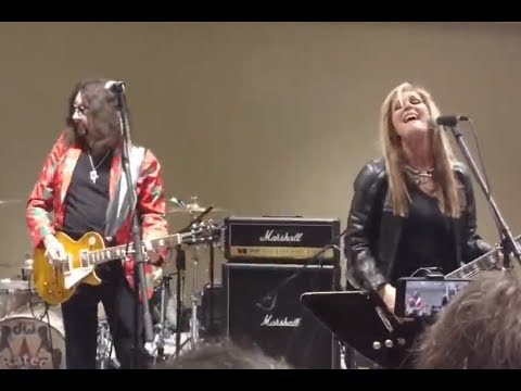 Ace Frehley played w/ Lita Ford - Jordan Rudess solo album - Jerry Cantrel has back surgery -