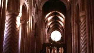 Durham Cathedral Choir - Senex puerum portabat a4 & a5 by William Byrd