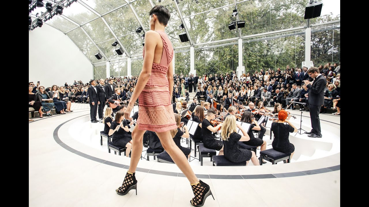Burberry Spring Summer 2016 Full Fashion Show Exclusive Youtube