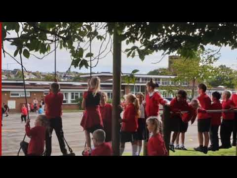 Fairfield Primary School Penarth staff video to pupils 'I'll be there for you' Rembrandts