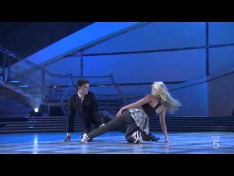 Chelsie & Mark - Bleeding Love (Lyrical Hip-Hop) SYTYCD Season 4 - Top 16