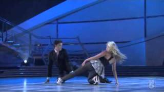 Chelsie & Mark - Bleeding Love (Lyrical Hip-Hop) SYTYCD Season 4 - Top 16
