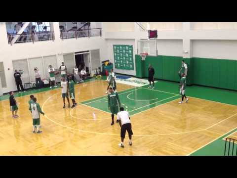 Celtics go over defensive trapping principles with coach Mi
