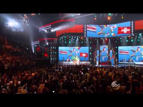 Pitbull, Jennifer Lopez , Claudia Leite  We Are One   2014 Billboard Music Awards Performance HD