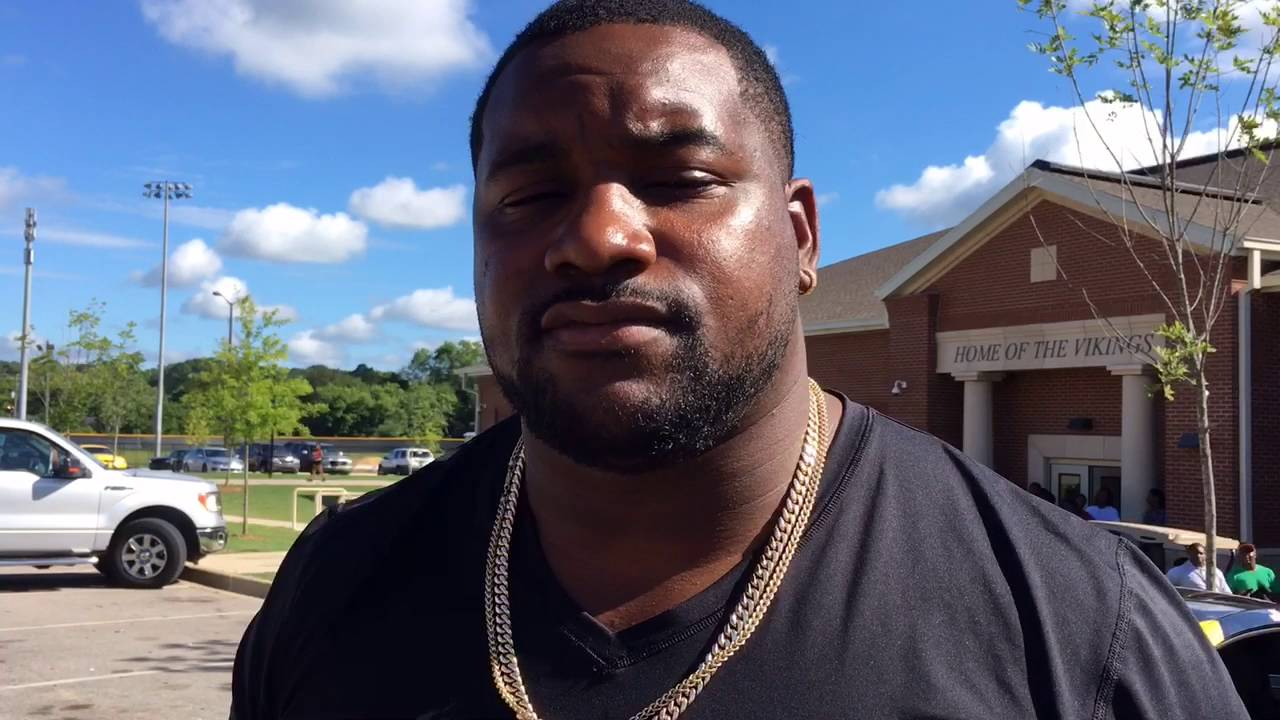 Former Huffman Alabama great Marcell Dareus leads college tour