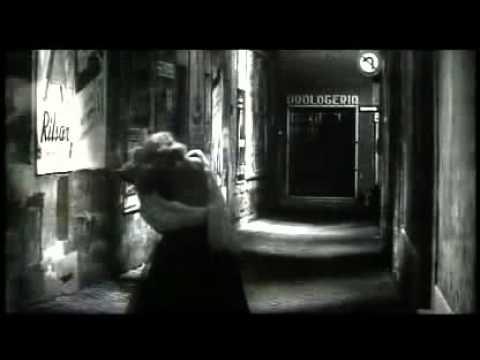 La Dolce Vita: Trevi fountain scene_Anita Ekberg_English subs