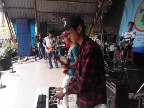 Warkop Ska I WANNA SING ABOUT YOU cover (Scimmiaska)Live Taman Topi Bogor