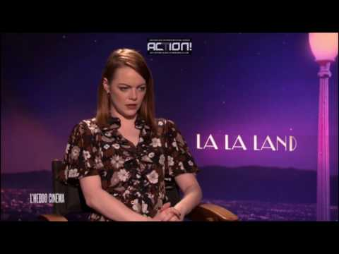 Emma Stone speaks french  / Emma Stone parle français - Interview for La La Land