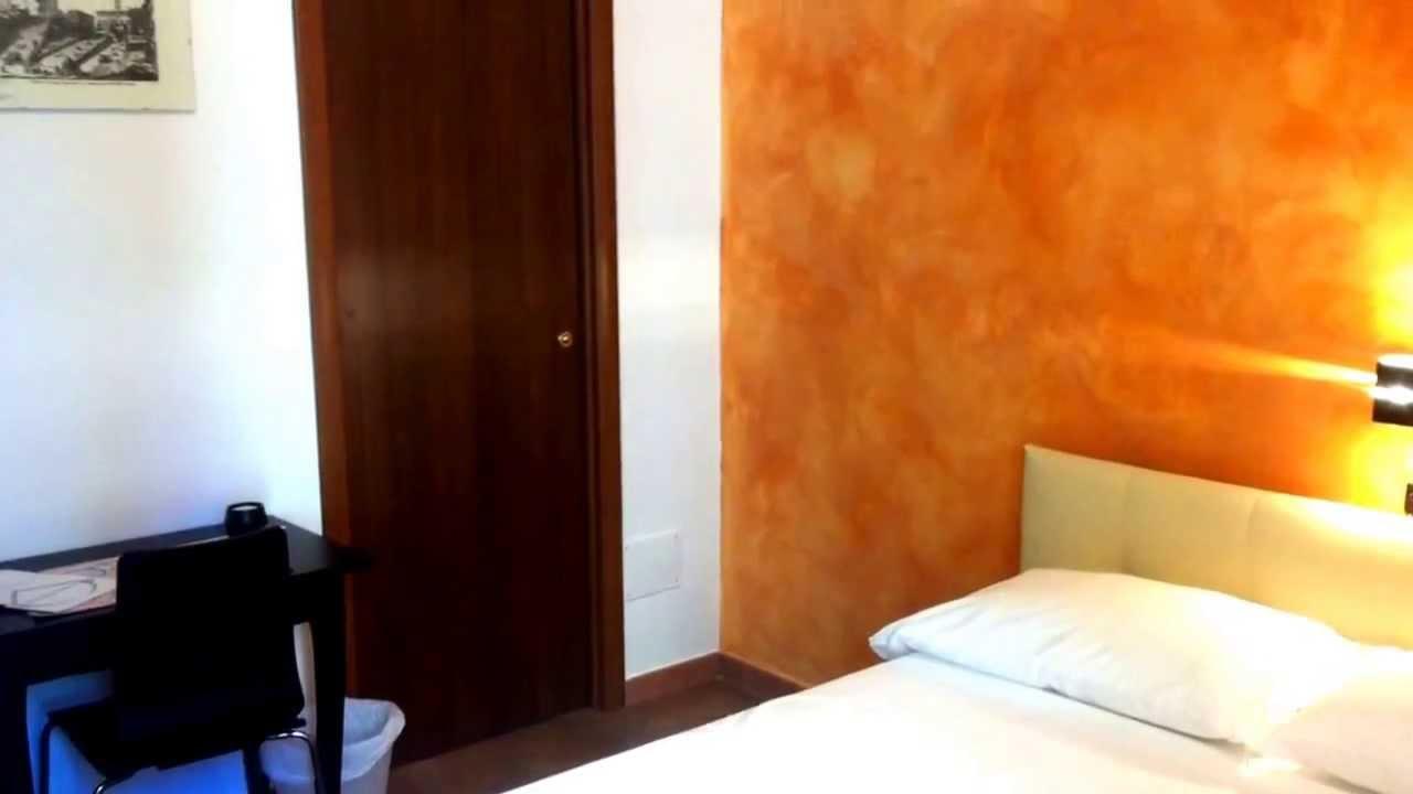 Pareti Colore Arancione : Colori pareti soggiorno arancione ogni colore trasmette una