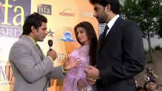 Abhishek and Aishwarya - Red Carpet - IIFA 2007 - YouTube.flv