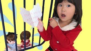 レミンちゃんソランちゃんが赤ちゃんサンタに捕まった?ミッションをクリアして助けよ!なりきりごっこ遊び おゆうぎ
