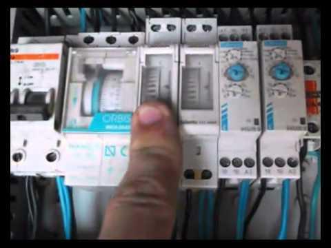Programador de riego por goteo casero con temporizadores - Programador para riego por goteo ...