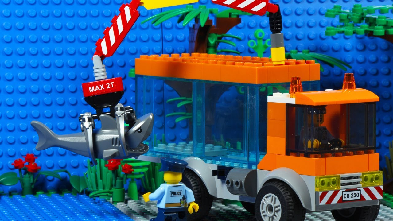 Lego City Shark Attack Transport Truck