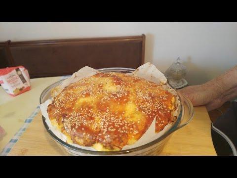 Bakina kuhinja - pita od kockica starog hleba (Stale bread pie)