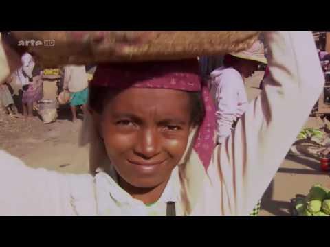 Madagascar Documentaire transport ferroviaire   Les trains de Mada