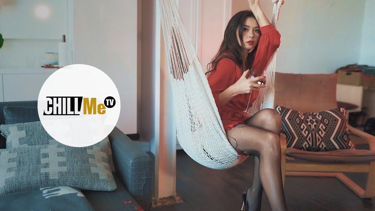 Download Dapa Deep - Break Up ▶ Beautiful Erotic Woman with Sexy Red Dress