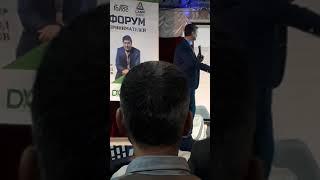 Смотреть видео Бизнес тренинги Саидмурод Давлатов дар Москва онлайн