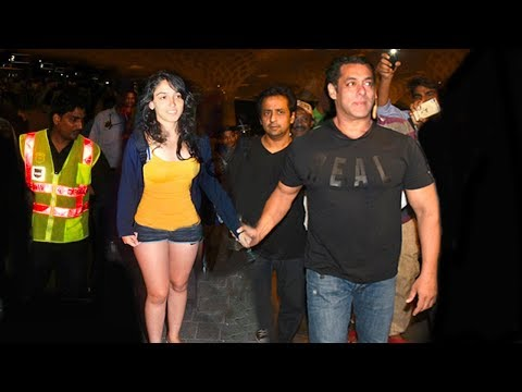 Salman Khan Shows Unconditional LOVE & Support for Aamir Khan's Daughter Ira Khan At Foot ball Match