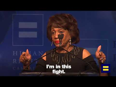 Maxine Waters Takes on Donald Trump at HRC Dinner in Los Angeles