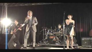 レッツゴーダンス、恋のテディーボーイの2曲.