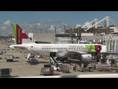 Lisbon Airport Handling TAP Portugal Airbus A340 A330 A320 B767 B777 - terminal 1