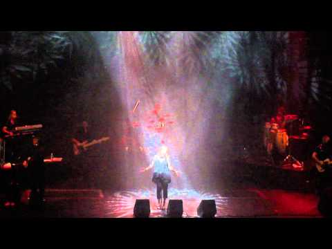 Belinda Carlisle - Vision of you - Gran Rex - Buenos Aires - Argentina - 03/09/2013