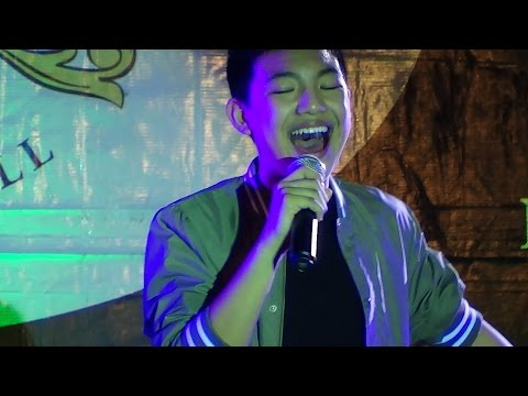 DARREN ESPANTO - Flashlight (Live @ Venice Piazza!)