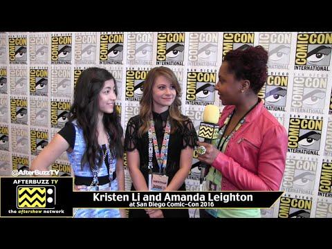 Kristen Li and Amanda Leighton The Powerpuff Girls at San Diego ComicCon 2016