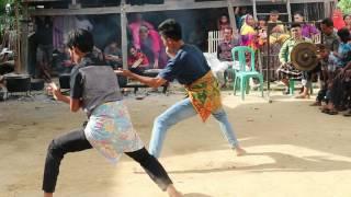 Pakkottau / Paqmaccaq Seni Beladiri Tradisional Mandar Sulawesi Barat Indonesia Part 7/9