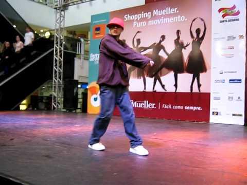 Athos Grupo de Dança - Solo Rafael Lamin