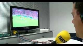 Roncero celebrando los goles del Real Madrid- Bayern Munich