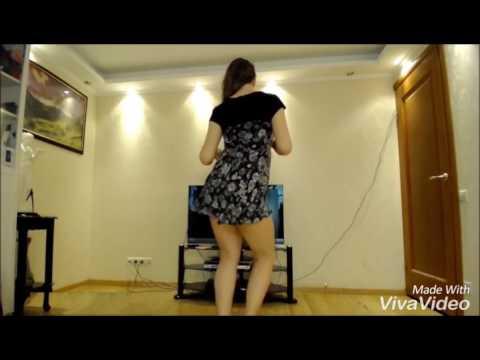 GIRL PLAY DANCE ON AFGHAN JALEBI SONG.